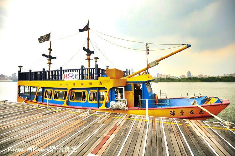 新北旅遊|水上巴士悠遊一日小旅行(藍色公路從三重忠孝碼頭玩淡水秘境)