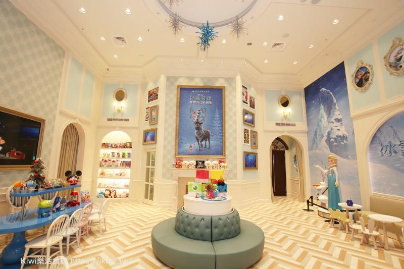 台中秀泰影城 迪士尼皮克斯動畫廳 台中首座 結合迪士尼皮克斯場景融入歡樂世界