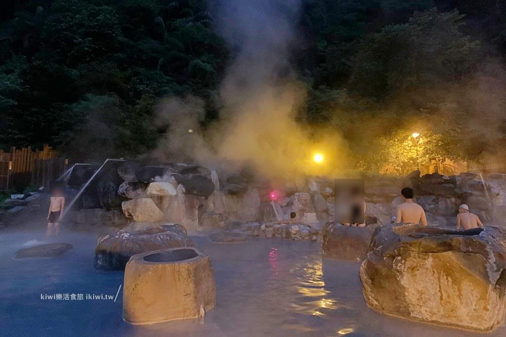 宜蘭泡湯鳩之澤溫泉露天溫泉池夜晚