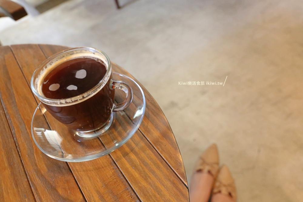 虎尾後院庭園咖啡館美式咖啡