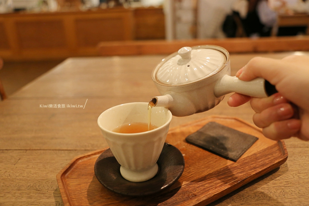 嘉義霜空咖啡紅玉紅茶