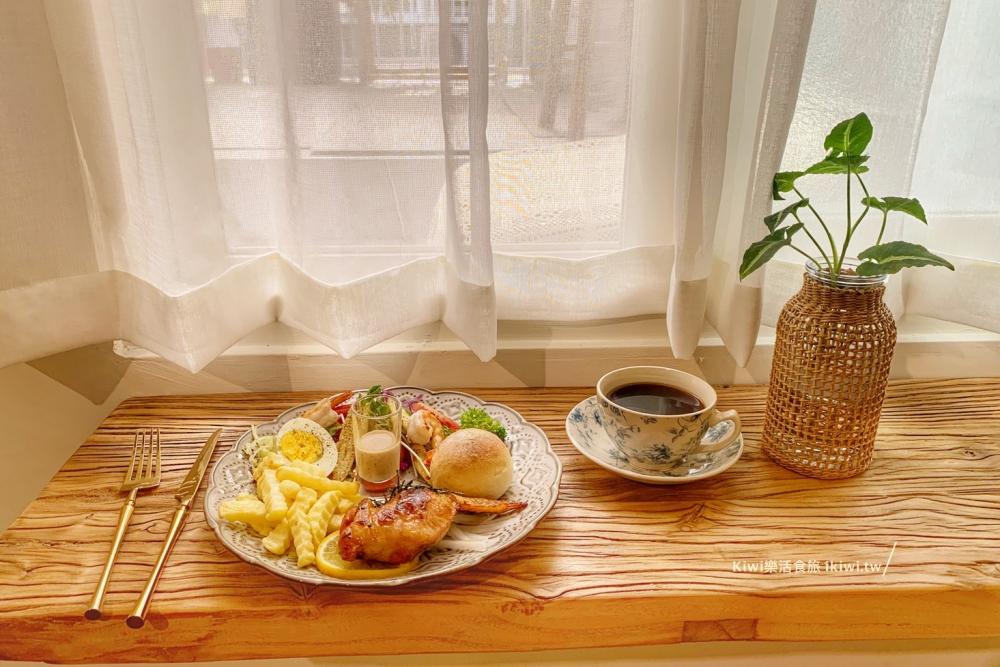 員林H寓所私房料理餐廳|彰化員林巷弄裡的輕食,早午餐下午茶,與花藝的對話