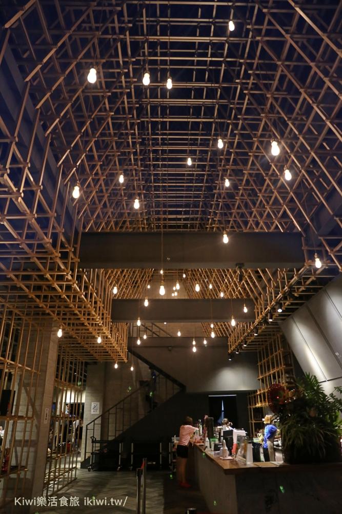 沙鹿黑森林景觀咖啡台中景觀餐廳推薦IG網美打卡熱點建築物像日本合掌村