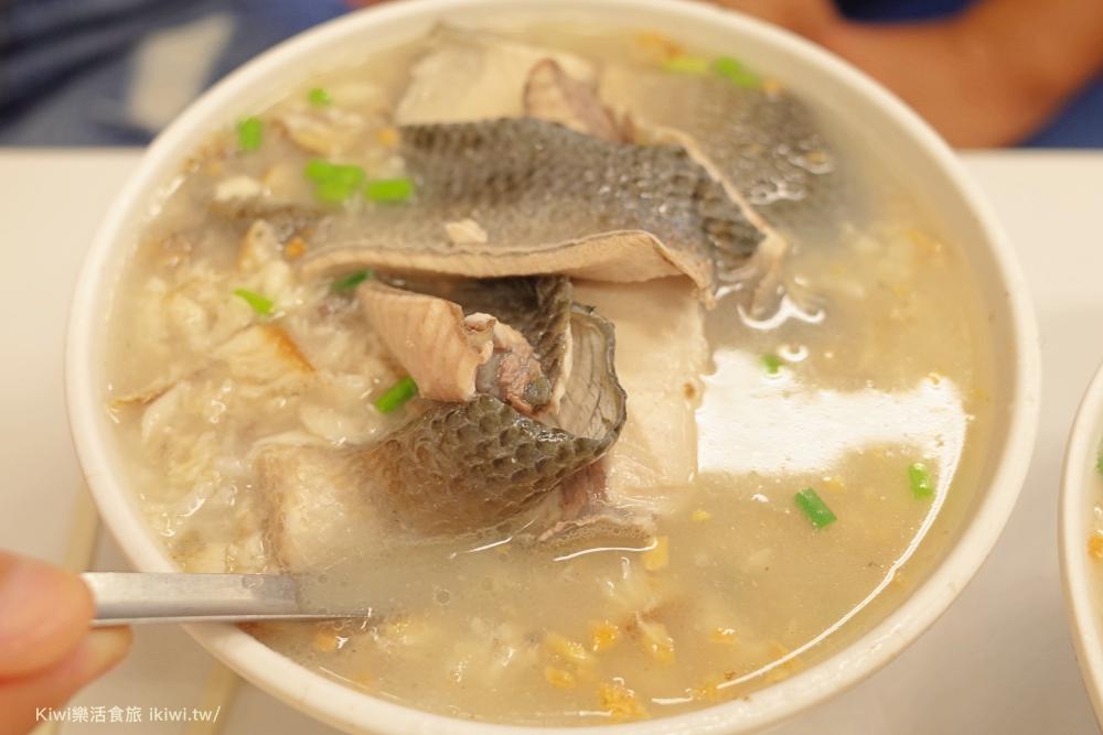 台南阿堂鹹粥|台南中西區在地小吃,早起才能吃到限定煎魚腸美味,排隊美食