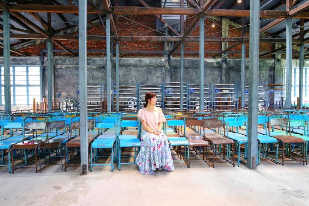 大溪老茶廠|悠遊桃園大溪百年茶廠,透視孔雀藍窗櫺裡的另一個世界,大溪景點網美打卡熱點