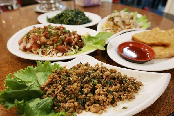 【員林美食】Ma Thai馬泰南洋料理 @超難訂位,泰式料裡與南洋料裡的綜合版(員林美食吃透透)