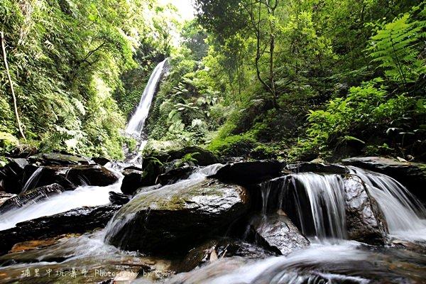 南投埔里|中坑瀑布享受最原始的秘境之美,中坑瀑布的雙層瀑布,清涼解暑還能野炊、露營樂