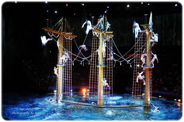 【香港澳門】新濠天地之挑戰人體極限水舞間劇場