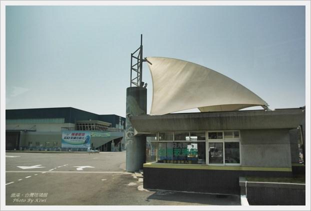 【鹿港】最棒的黃金隧道:台灣玻璃館