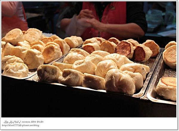 【台北】101跨年、芒果恰恰冰館、信義區的古早味大餅(不凸水煎包)