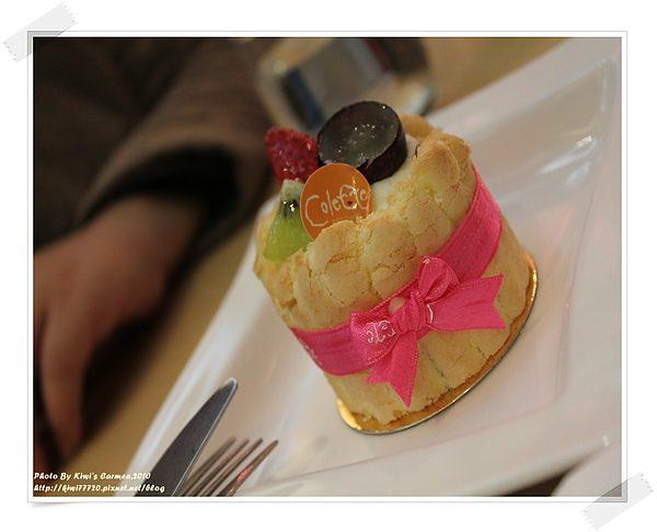 【台中南屯甜點】格蕾朵甜點莊園Colette,法式甜點款款經典超美,都捨不得吃了!