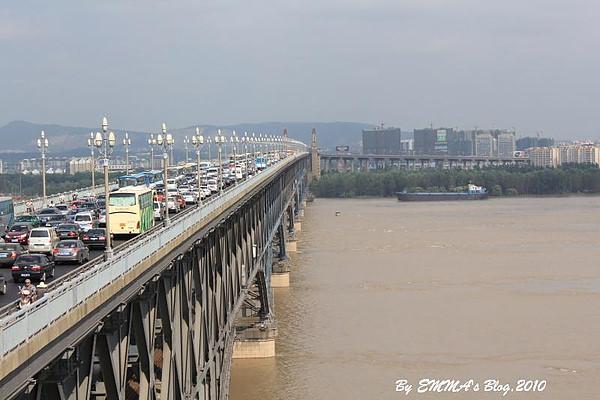 【大陸南京景點】長江大橋 @反著也能創作鼻煙壺