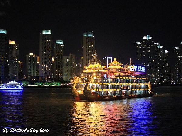 【大陸上海景點】外灘漫步遊江 @上海繁榮夜景、低調奢華之遊江行
